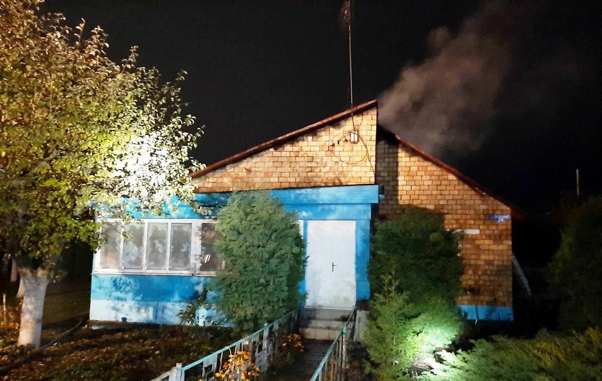 Загорелся дом г. Барановичи ул. Загородная