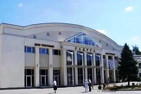 Дом торговли РАДУГА в Барановичах